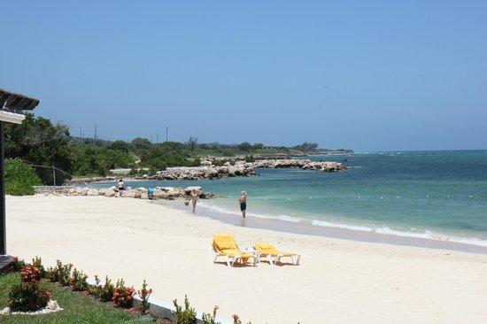 إبيروستار جراند هوتل روز هول أول إنكلوسف: Beach