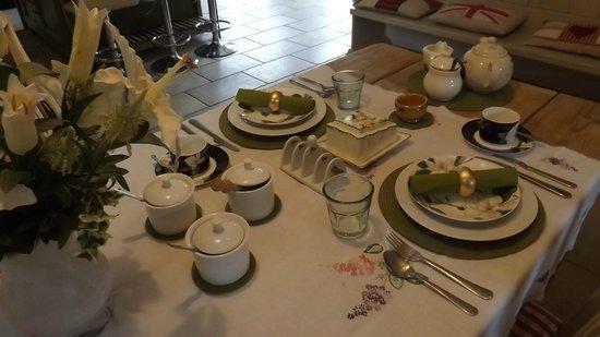 Coachmans Cottage: Breakfast