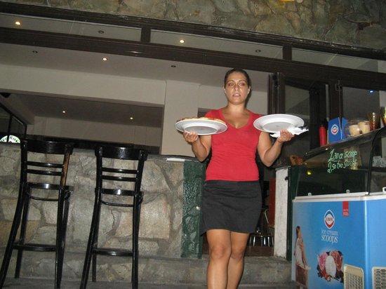 Taverna Opa: Dora