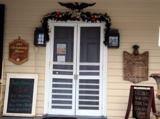 Old Chickahominy House: entrance