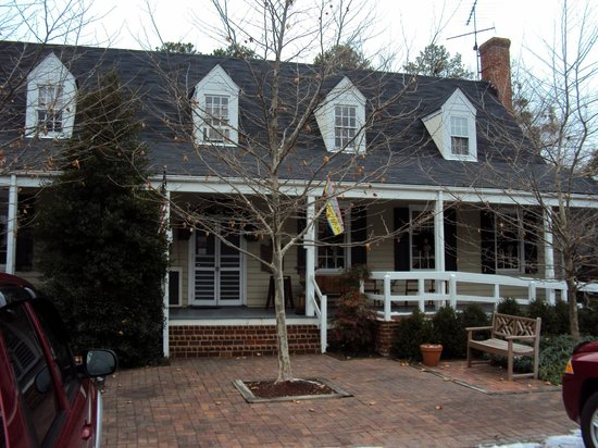 Old Chickahominy House: Winter