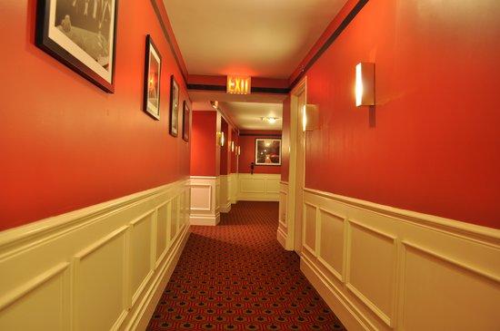 Gild Hall, a Thompson Hotel: Pasillo