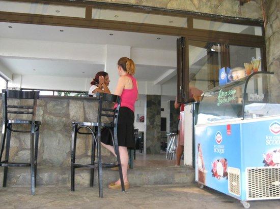Taverna Opa: Mrs Elena and miss Eliana