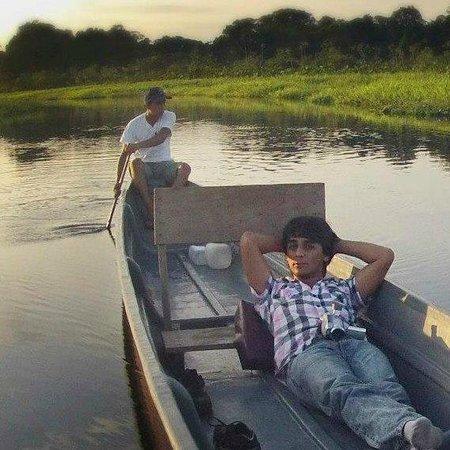 Paseo en canoa,  primer día en Sani Lodges.