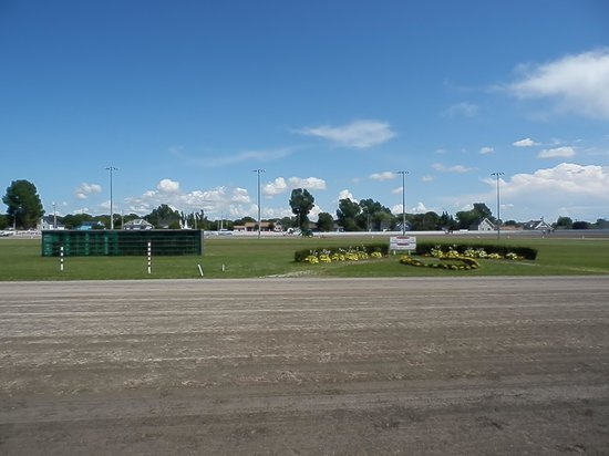 Red Shores Racetrack and Casino : Red Shore Race track
