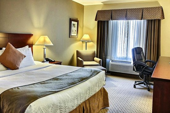 BEST WESTERN PLUS Montezuma Inn & Suites : King bedroom