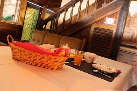 Chambres d'Hotes Le Patio: Salle petit déjeuner