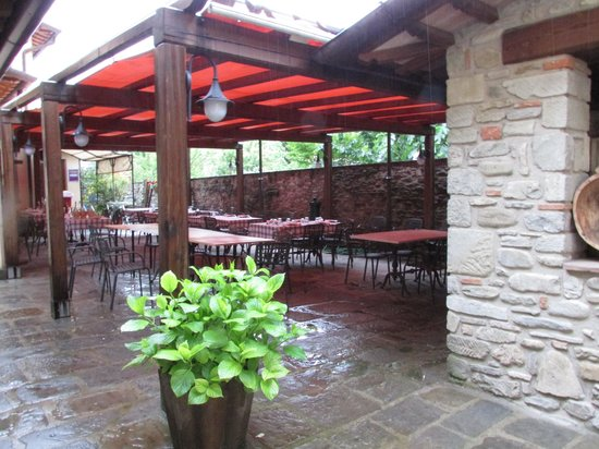Corte dell'Oca: Outdoor eating