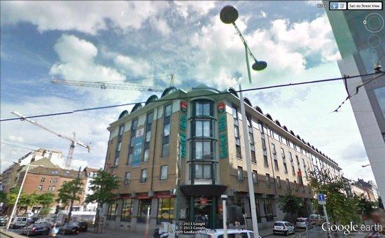 Ibis Brussels Centre Gare Midi: Hotel bem localizado em Brussels