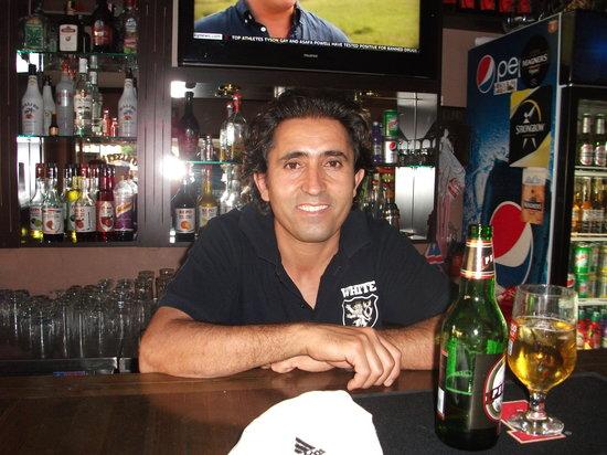 White Lion : mashallah are friend & barman