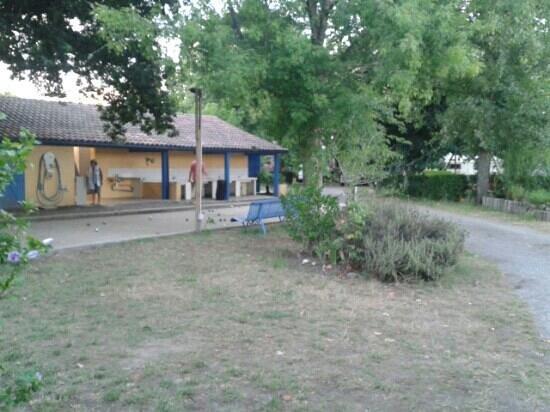 Camping L'Estival: les sanitaires