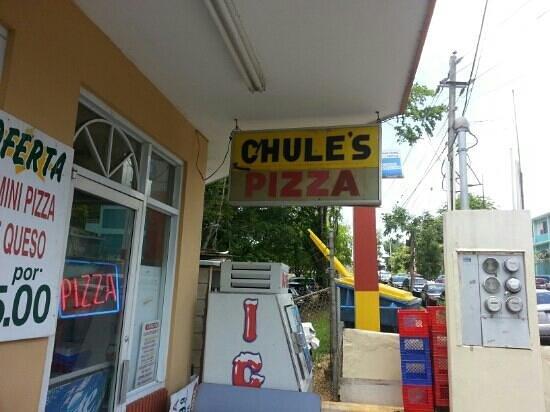 Chule's Pizza: Main Street sign