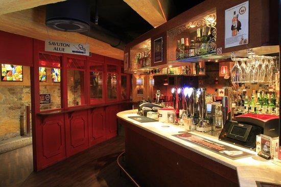 Brick's: Front bar
