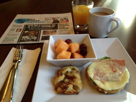 Hyatt Place North Raleigh-Midtown : Missing the great breakfast I had during my stay.