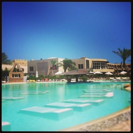 Prima Life Makadi: The pool