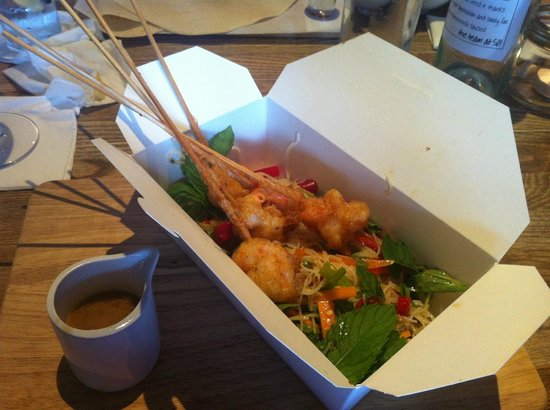 SO! Bar and Eats Ripon: Asian Noodles with a compiment of Prawn Lollipops (rabbit food section)