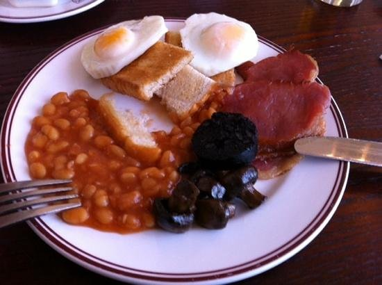Ramada Leicester Stage: retro tasty breakfast plated what was available under hot plate