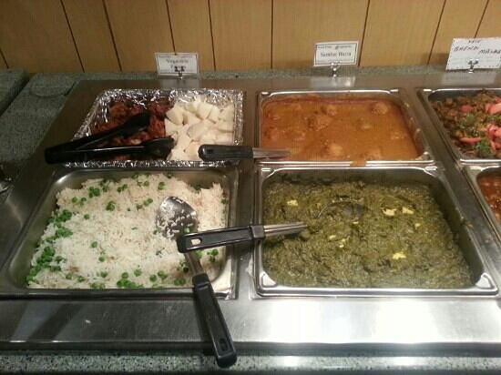 Minar Fine Indian Cuisine: lunch buffet