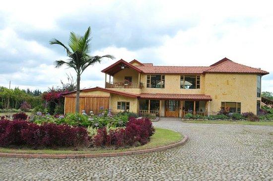 Foto Frente Hacienda El rancho tenjo