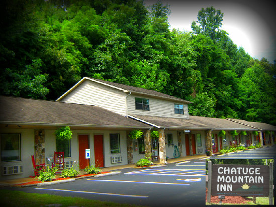 ‪Chatuge Mountain Inn‬