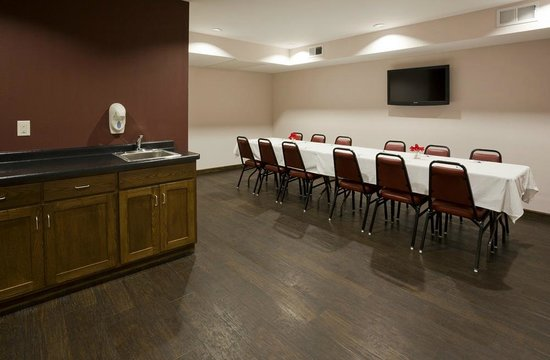 GrandStay Hotel & Suites Parkers Prairie : Party and Meeting Room with Flat Panel TV, Cable and Free Wi-Fi