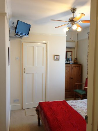 The Beech Tree Guest House : double room