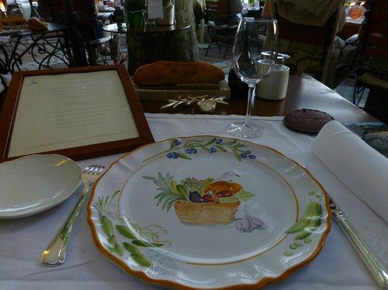 Belle Table Pour Le Diner En Terrasse Foto La Bastide De