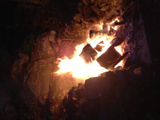 Oldenburg House: A nice fire to celebrate our anniversary