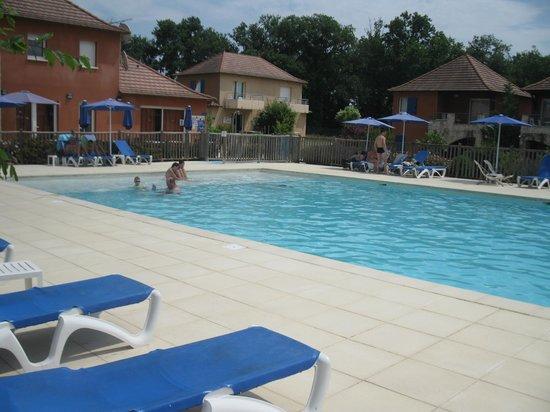 Résidence Odalys Claire Rive : piscine loin d'être bondée