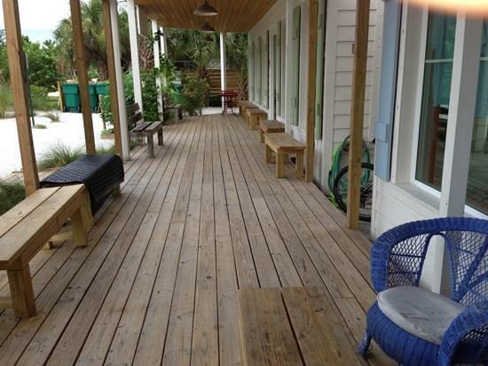 Poppo's Taqueria: outdoor area