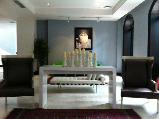 Gracie Art Hotel 798: lobby