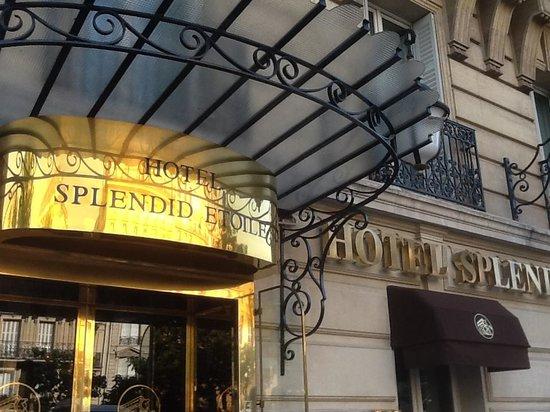 Splendid Etoile Hotel: hotel entrance