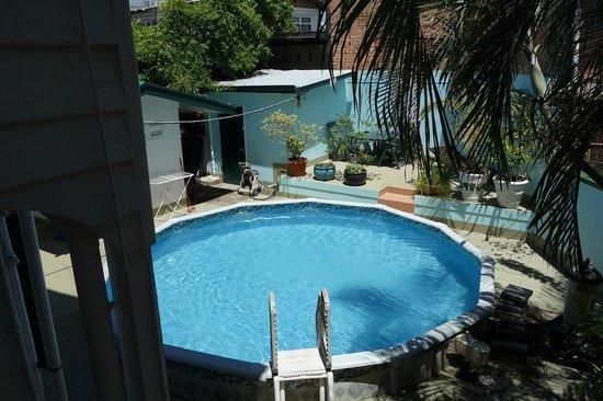 Pool at Guesthouse Albergo Alberga Paramaribo