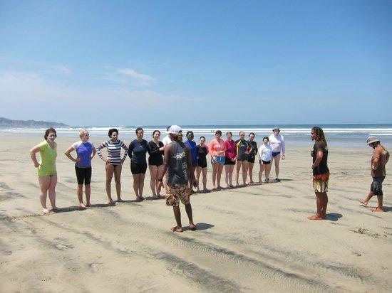 Nosara Tico Surf School : group lesson