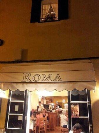 Pizzería Roma: fachada