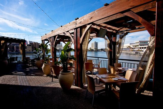 Jackson S Bistro Bar Sushi Outdoor Patio Waterfront Seating