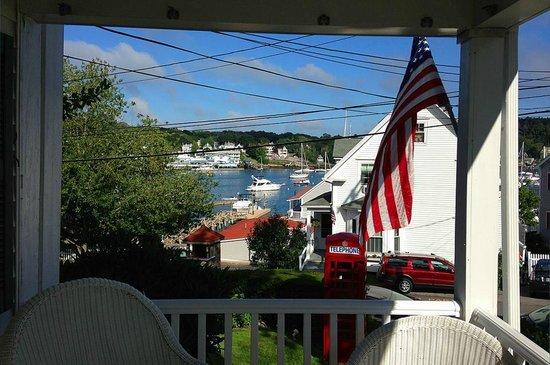 Greenleaf Inn at Boothbay Harbor: View from Greenleaf Inn porch