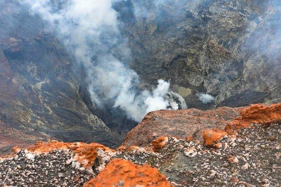 Mount Kerinci: Peering into the crater