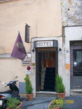 Hotel Delle Regioni: Entrada