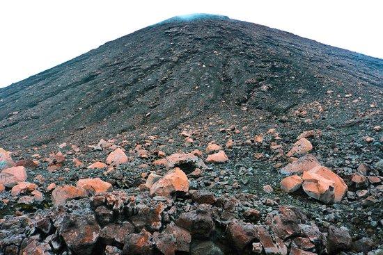 Mount Kerinci : Heading to the summit