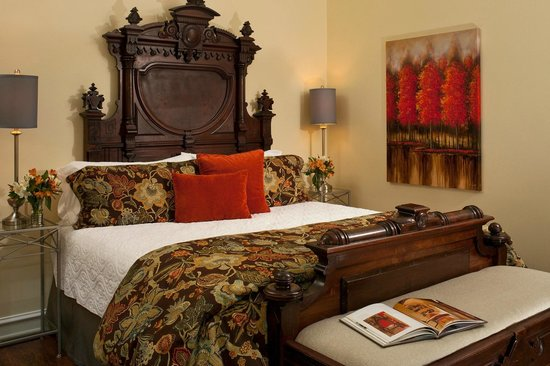 Castle in the Country Bed & Breakfast Inn : Old world romance