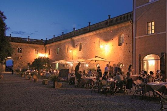 Borgo Di Colleoli Resort Tuscany: notturno