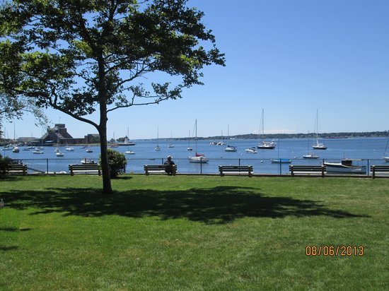 Battery Park: view of Newport Harbor