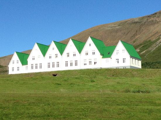 sunny day at heradsskolinn hostel