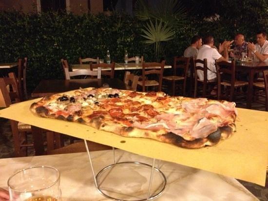 Osteria La Cantina: pizza