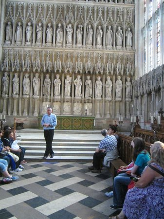 Oxford Walking Tours in New College chapel