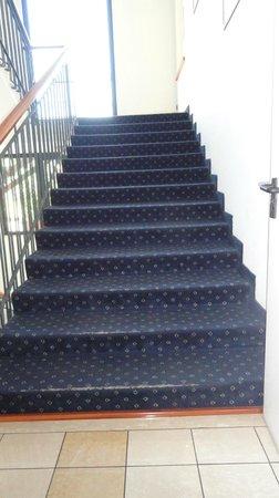Grand Hotel Tiberio : escaliers