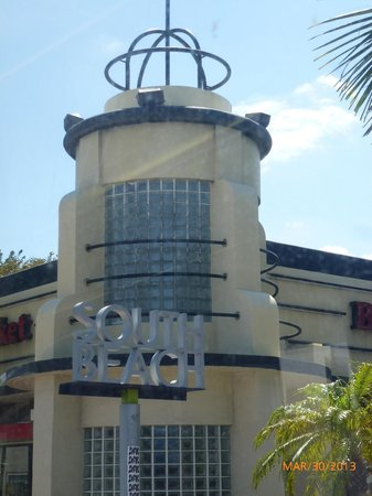 The Hotel of South Beach: South Beach architecture