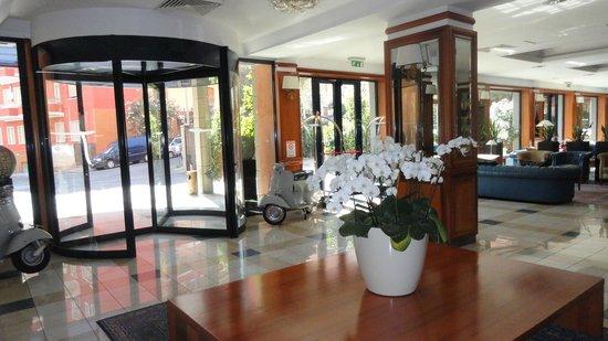 Grand Hotel Tiberio : entrée
