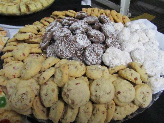Ryke's Bakery: Fabulous Cookies -